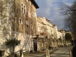 Geneva 105